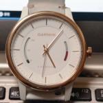 GARMINのアナログ腕時計vivomoveの機能・スタイルなどレビューしてみる